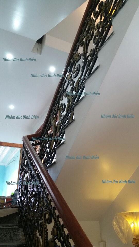 Cầu thang nhôm đúc BS-004