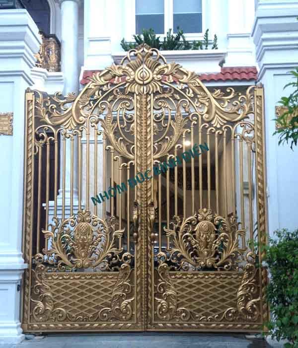 Mẫu cửa cổng nhôm đúc hợp kim BG-007