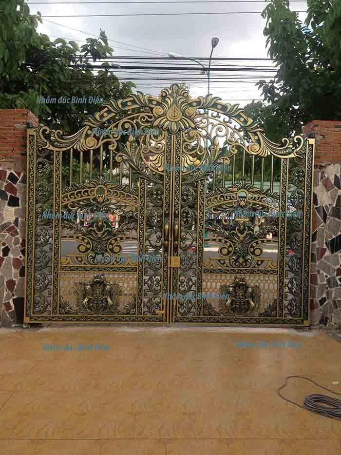 Cổng nhôm đúc hợp kim tại Tây Ninh