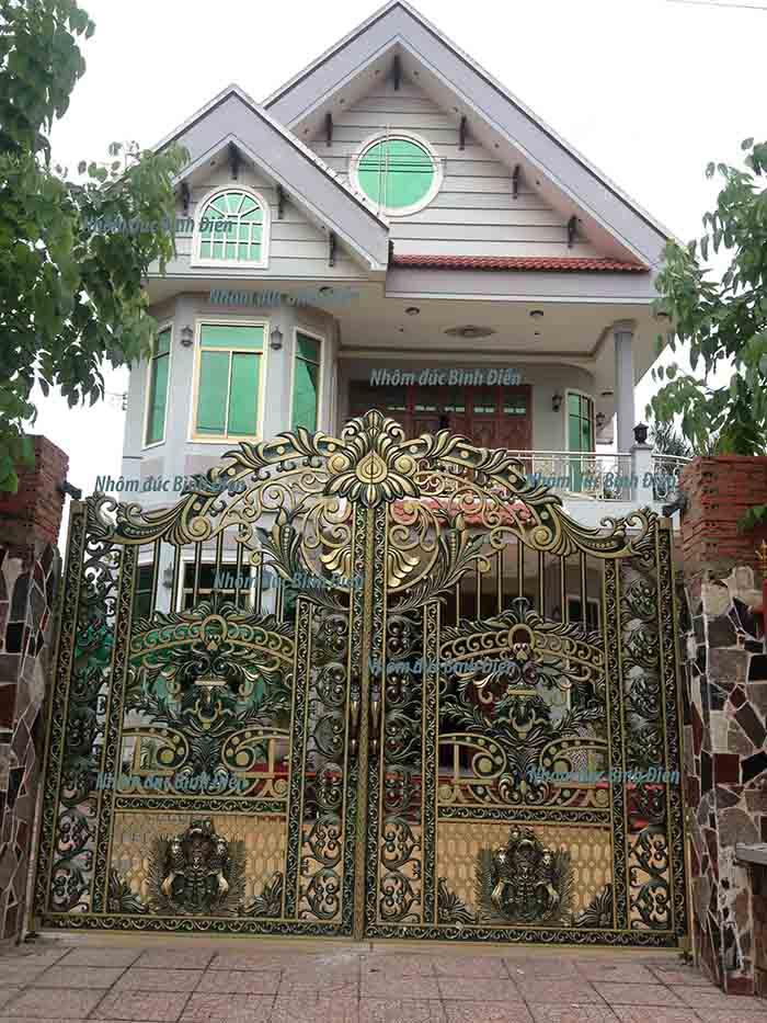Cổng nhôm đúc hợp kim Tây Ninh