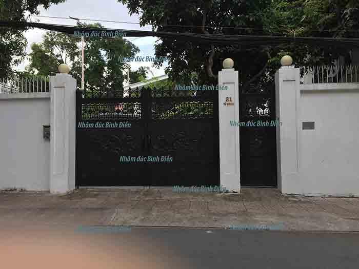 Cổng nhôm đúc quận 3 - TP. Hồ Chí Minh