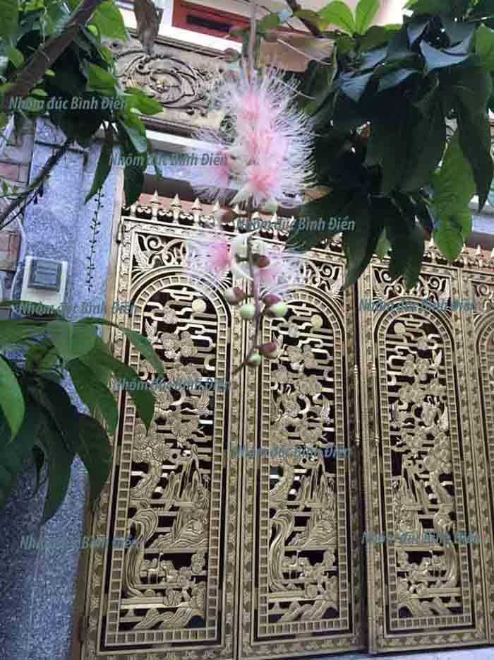 Cổng nhôm đúc quận Bình Thạnh - TP.HCM