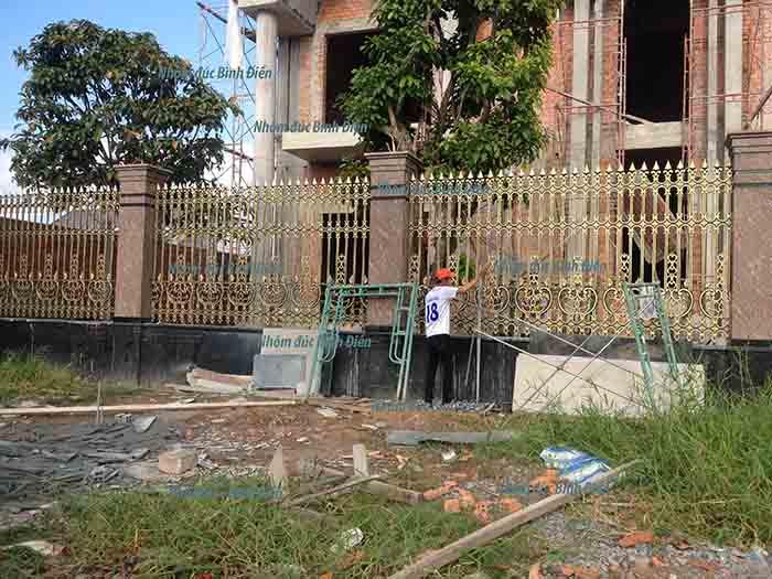 Hàng rào hợp kim nhôm đúc Rạch Giá - Kiên Giang